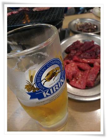 生ビール、カルビ、ロース、レバー♪