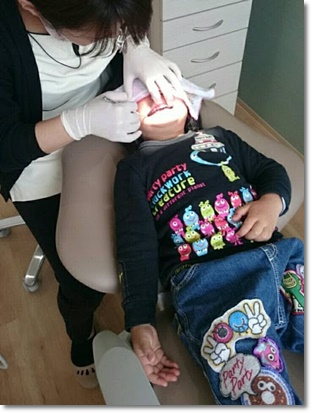 ユラ、歯科検診中;;;